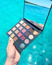 make-up,tumblr,tarte,tarte pallete,makeup palette,eye shadow