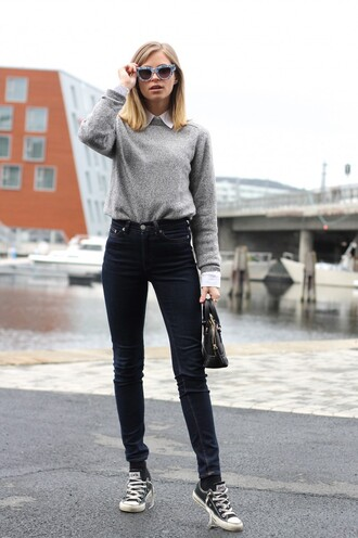 the fashion eaters blogger black jeans high waisted jeans grey sweater cat eye