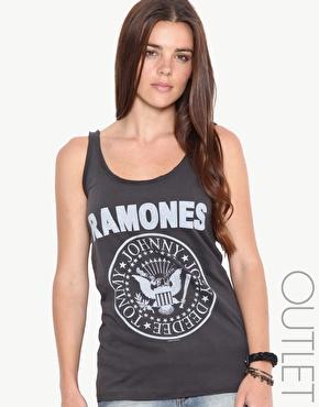 Amplified | Amplified - Ramones - Débardeur à bords bruts chez ASOS