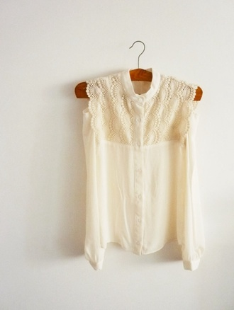 shirt cream lace crochet summer beach vacatios holidays sunshine asymmetrical indie blogger celebrity boho cute
