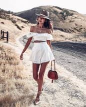 shorts,white shorts,lace shorts,bag,boots,hat