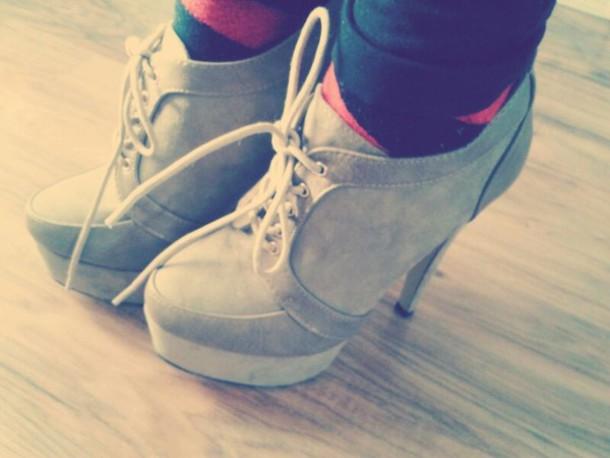 shoes brown high heels