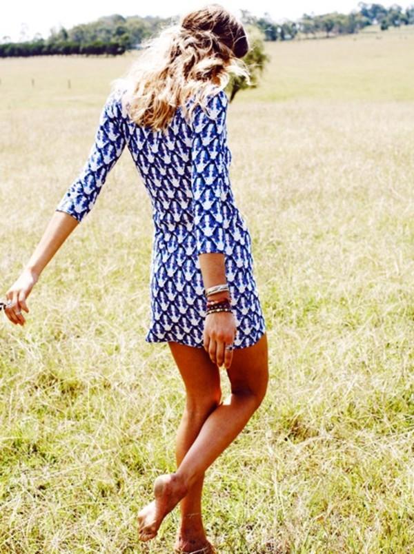 dress patterned dress summer pattern summer dress three-quarter sleeves short dress blue dress blue white blue white dress short girly blue and white pattern