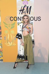 pants,wide-leg pants,coat,sandals,top,paris jackson,shoes
