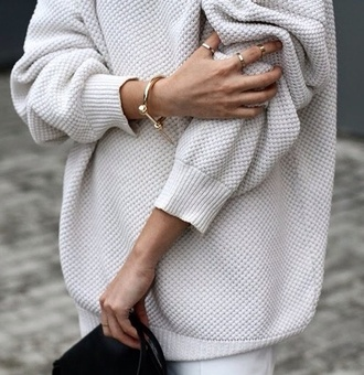 oversized sweater beige cozy comfy autumn fall knit ceramic oversize big jumper sweater