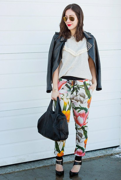 adventures in fashion blogger floral pants printed pants floral perfecto jacket top shoes sunglasses bag jewels
