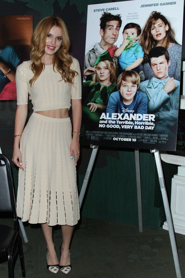 skirt top bella thorne shoes