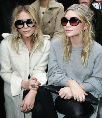olsen sisters blogger grey sweater black sunglasses