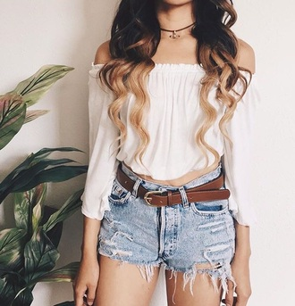 summer top white white top white t-shirt denim denim shorts belt flowy choker necklace ripped shorts ripped cute top date outfit summer outfits spring outfits summer