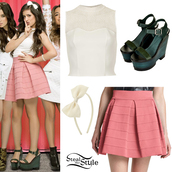 shirt,demi lovato,hair bow,bows,Fifth Harmony,little mix,peter pan collar,pink skirt,wedges