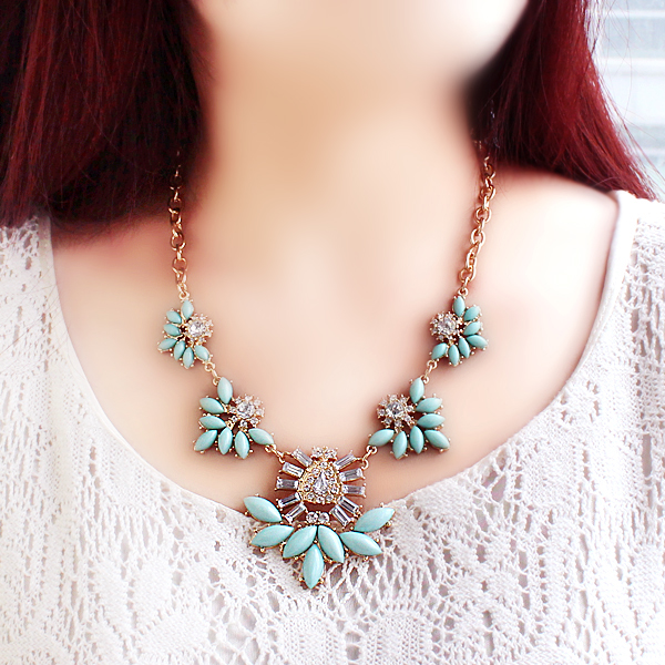 Green Gemstone Gold Chain Necklace - Sheinside.com