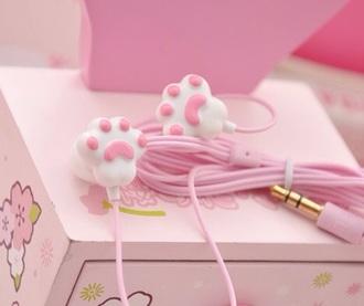 earphones animal pink paws cute kawaii pastel girly pretty headphones cardigan