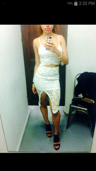 dress lace dress crop tops white dress stomach out tight dress skirt spaghetti strap shirt