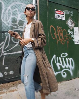 coat tumblr plaid plaid coat brown coat denim jeans blue jeans top white top sunglasses