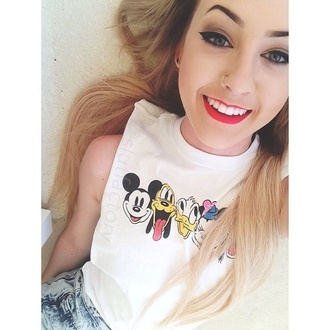 tank top t-shirt graphic tee teenagers shirt disney donald duck mickey mouse minnie mouse white tank top white crop tops muscle tee crop tank mickey and minnie tee soft girly cute