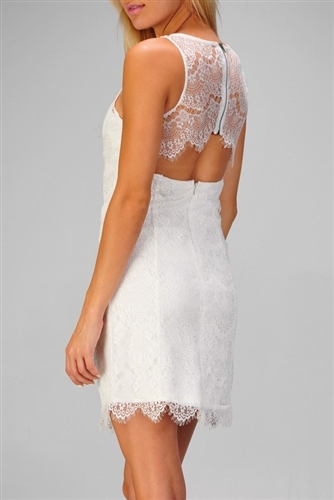 White sleeveless lace dress with