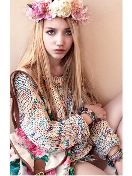 jewels hat bag sweater fashion vintage model vogue heart coachella flower crown