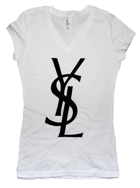Smukt smil pige t shirt custom logo ysl for Ysl logo tee shirt