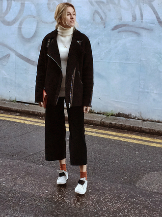 camille over the rainbow blogger cropped pants black jacket socks white sneakers