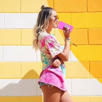 t-shirt tumblr colorful multicolor tie dye denim denim shorts shorts bracelets