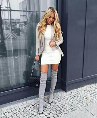 dress bag cute girl blonde hair dresse mode canon belle jolie blanche chanel talon talons gris sexy femme cute shoes cute socks cute skirt fashion toast fashion vibe fashion fashion week