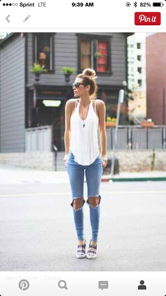 shirt tank white tumblr short tank top white tank top tank shirt summer summer shirt short sleeve summer shirts jeans