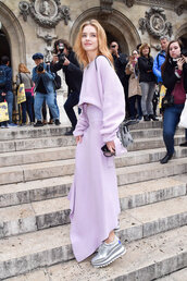 skirt,lilac,asymmetrical,asymmetrical skirt,natalia vodianova,model off-duty,sweater,cropped sweater,fall outfits