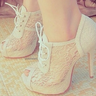 shoes white lace white lace dress shoes heels white lace heels fancy beautiful promotion lace up lace up heels white lace up