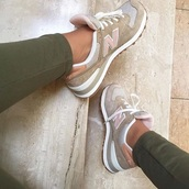 shoes,pink,new balance,grey,sneakers,nude sneakers,suede sneakers,low top sneakers