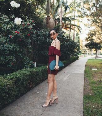 honey n silk blogger dress sunglasses burgundy dress green bag mini bag nude heels summer outfits