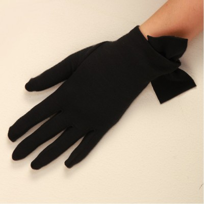 Pure wool glove