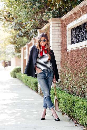 brighton the day blog | dallas fashion blog blogger jacket t-shirt jeans scarf sunglasses shoes bag spring work outfit