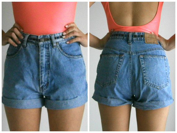 Blue high waisted vintage detailed denim shorts by atticapparel