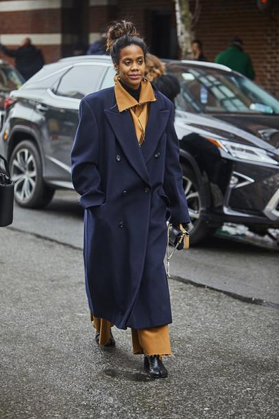coat nyfw 2017 fashion week 2017 fashion week streetstyle blue coat long coat  masculine coat oversized eb29f5196dc
