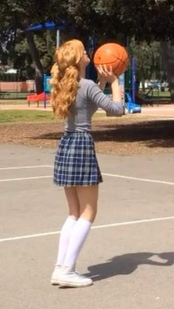 skirt bella thorne bella plaid plaid skirt blue skirt old school school uniform old school shirt red hair underwear