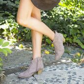 shoes,booties,fashion,style,trendy,taupe,western,boho,bohemian,boho vibes,short heel,short boots,ankle boots,qupid