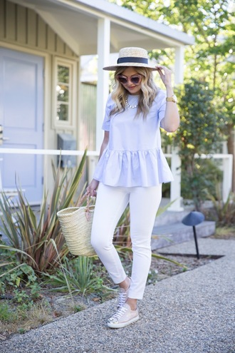 suburban faux-pas blogger hat jeans shoes sunglasses bag jewels blue top statement necklace white hat straw hat skinny jeans white pants pink sneakers