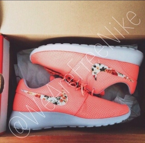Womens Nike Flowered Running Shoes