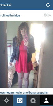 red dress,ebay,primark,leather jacket,cute dress,summer outfits,brunette,pink phone case,curly hair,false eyelashes,skater dress