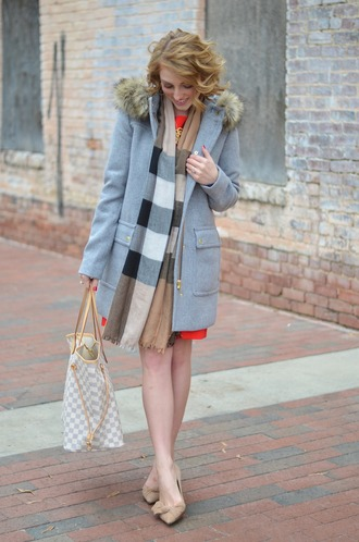 something delightful blogger coat dress scarf jewels shoes winter outfits wool coat beige shoes pumps tote bag