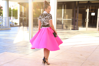 ktr style blogger top bag midi skirt neon pink jumper necklace