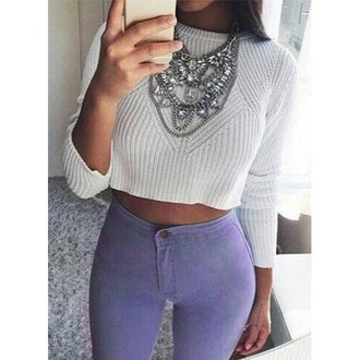top grey white cool trendy fashion style fall outfits cozy cropped sweater long sleeves necklace jeans pants sweater