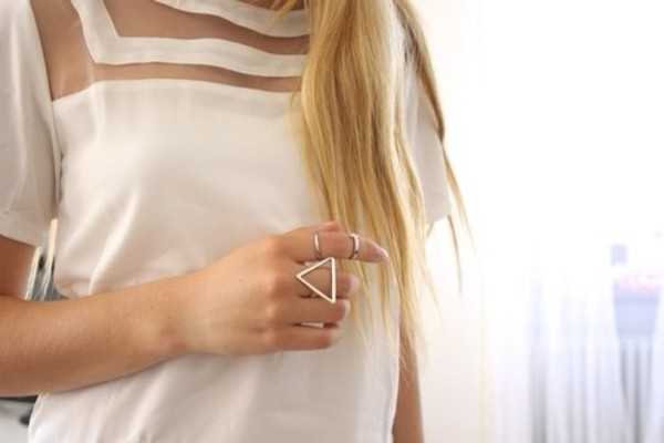 jewels ring blouse