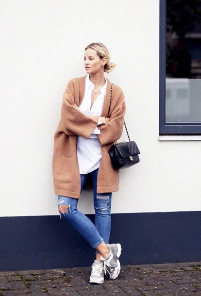 shoes grey white sneakers coat jeans