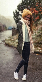 coat,grey,army green jacket,winter outfits,hoodie,jacket,warm,zip-up,hat,scarf,sweater
