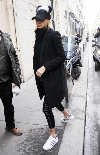 le fashion image blogger leather pants gigi hadid athleisure