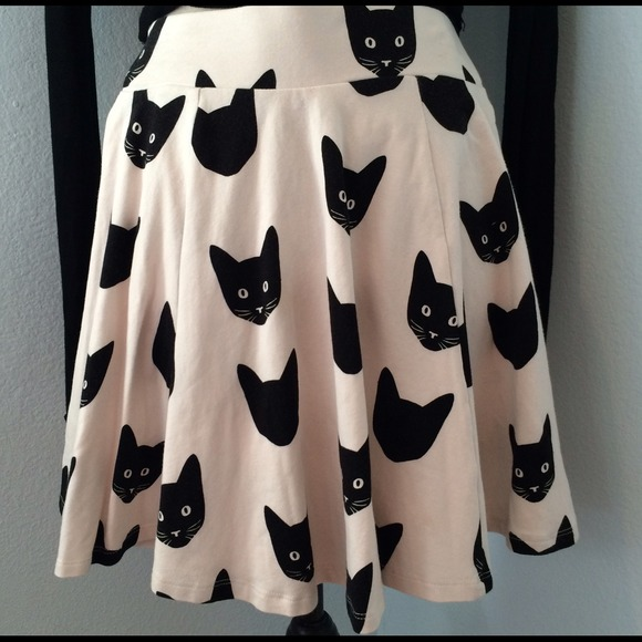 Skater skirt with cat faces from sell it forward's closet on poshmark