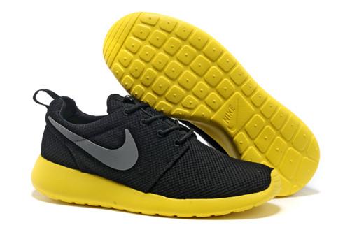 Best Mens NikeRoshe Running Shoe Black Grey Yellow