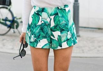 shorts leaf print green girly leaf print