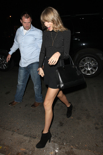 skirt ankle boots striped shirt taylor swift
